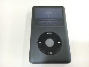 「Use iTunes to Restore」と表示されて全く音楽が聴けないiPod Classic