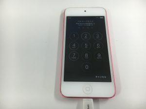充電ケーブルを差し込んでも一切反応しないiPod touch第5世代