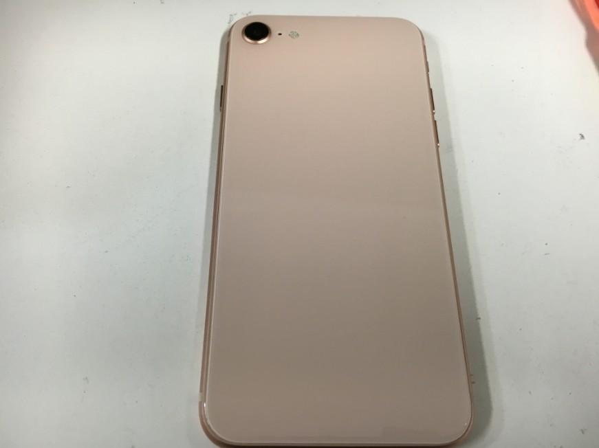 背面ガラス交換後の新品同様のiPhone8