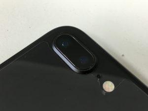 背面カメラレンズ交換後のiphone8plus-300x225