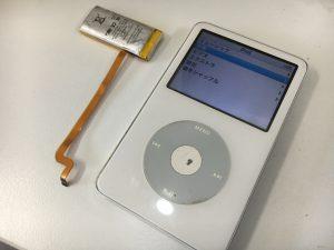 充電池交換修理後のアイポッドクラシック第5世代 30GB