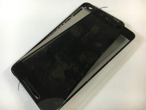 自己修理失敗で画面が割れたNexus6P-300x225