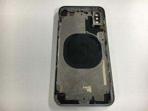 修理に使うiPhoneX用のフレーム付きバックパネル-300x225