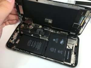 iPhoneXの分解方法-300x225