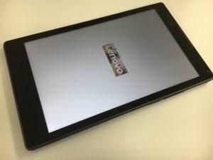 液晶交換修理でデータそのままで操作できるようになったLenovo Tab3
