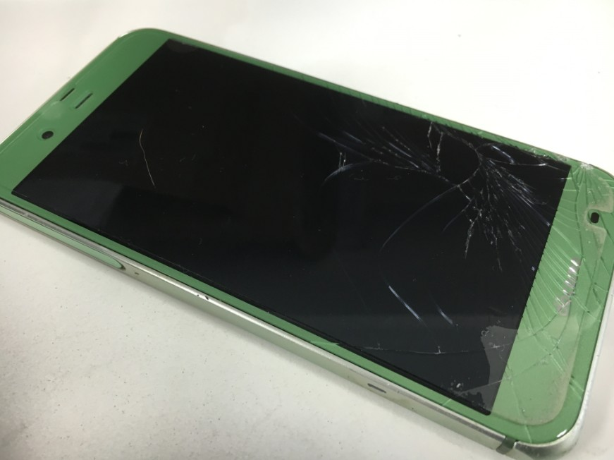 表面ガラスと内部液晶が破損したSHARP AQUOS ZETA(SH-04H:グリーン)