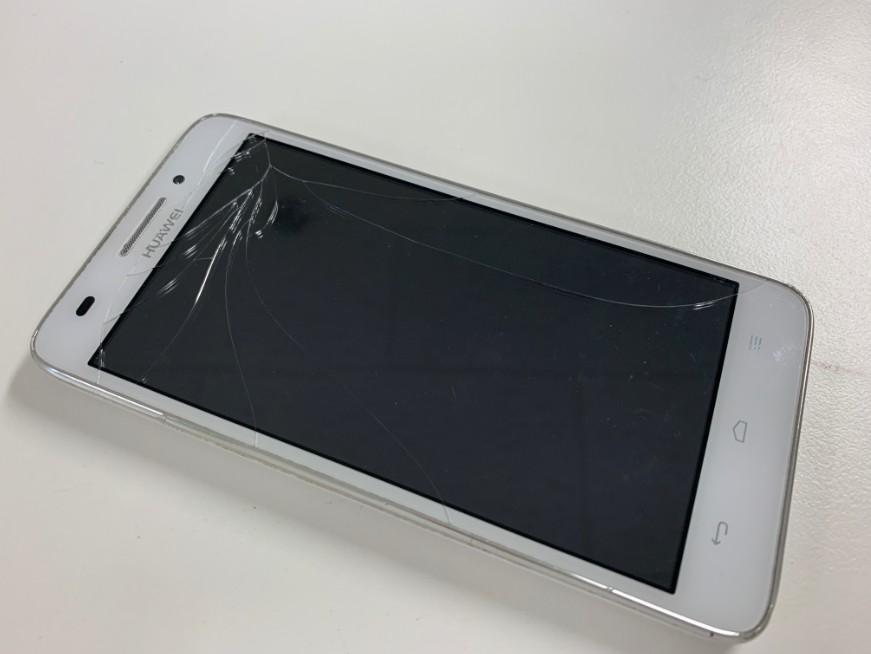表面ガラスが割れてタッチ切れのHuawei Ascend G620S