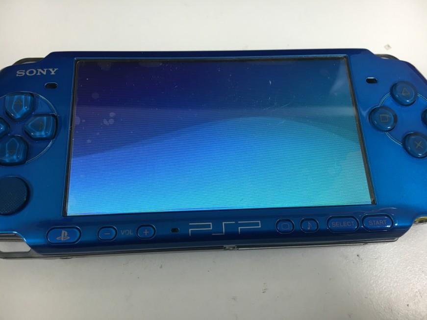 液晶交換修理で表示されるようになったPSP-3000