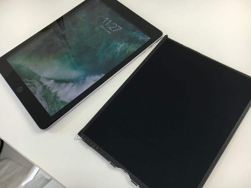 液晶交換して通常通り表示されるようになったiPad第5世代