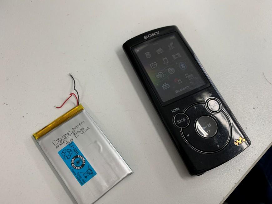 就電池を交換したWALKMAN NW-S766