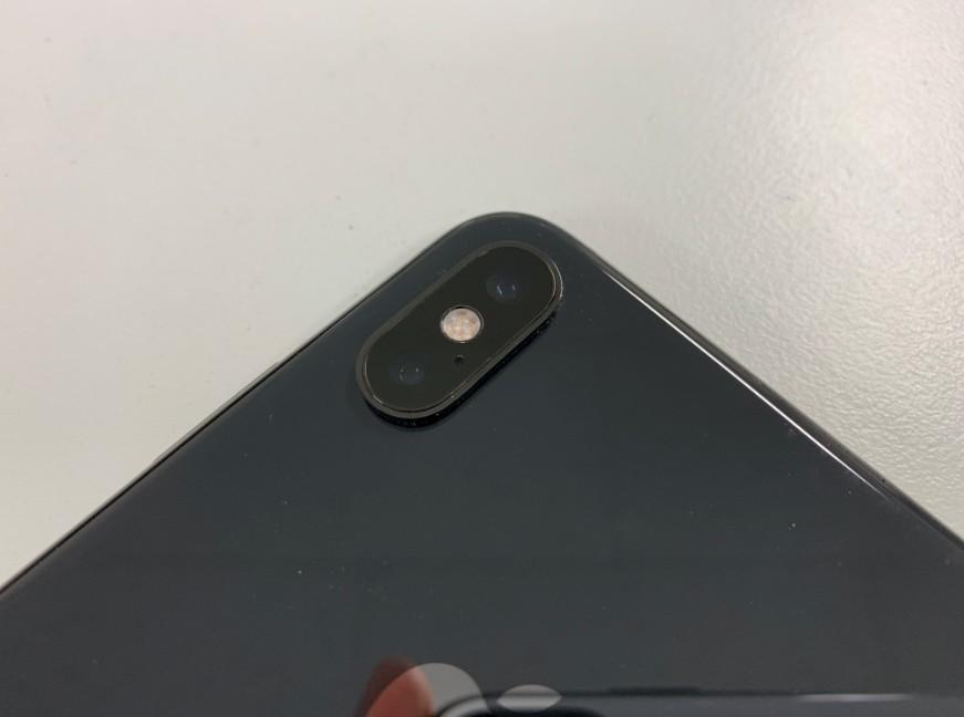 iPhone XS Maxの外側(背面)カメラレンズ