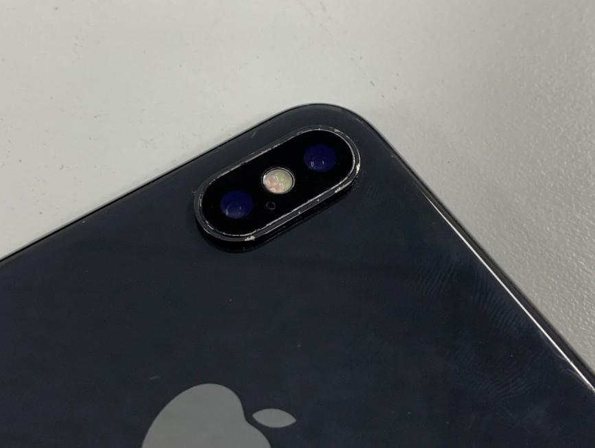 背面カメラレンズ費用を修理したiPhone10(テン)