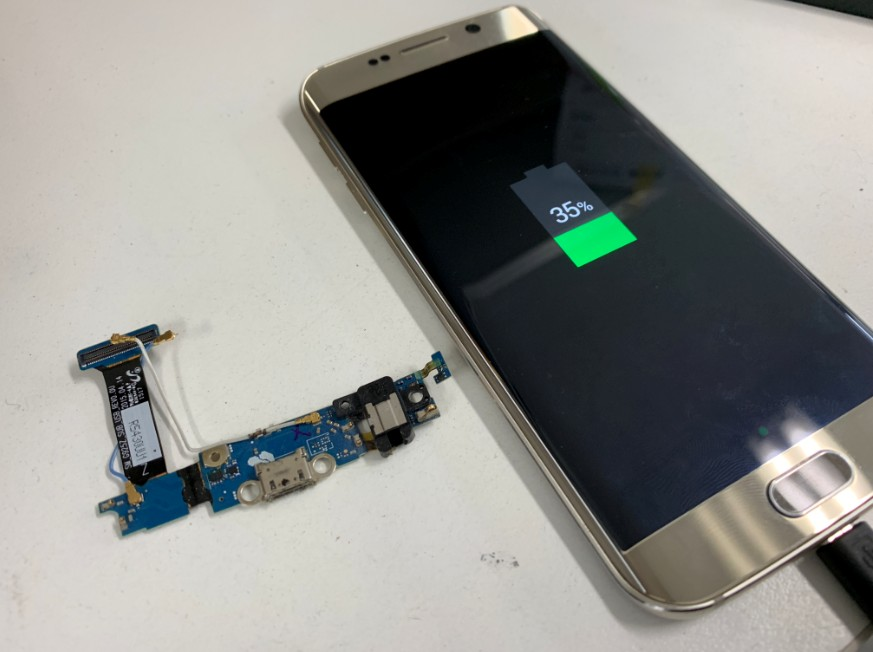 充電口交換修理完了後のGalaxy S6 Edge(SC-04G)