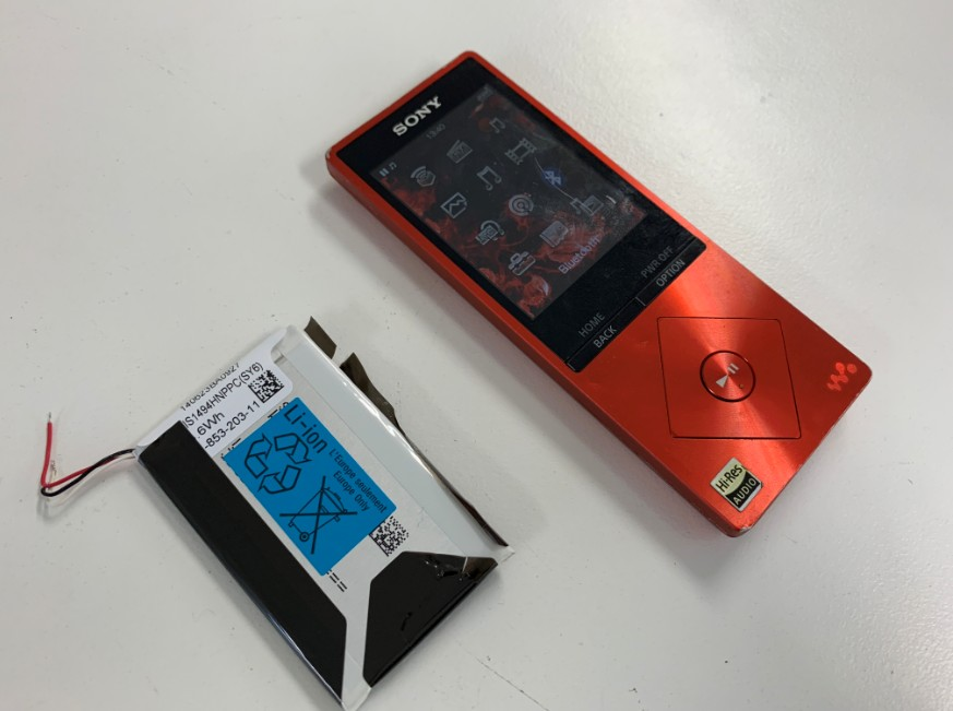 バッテリーを新品に交換したNW-A25