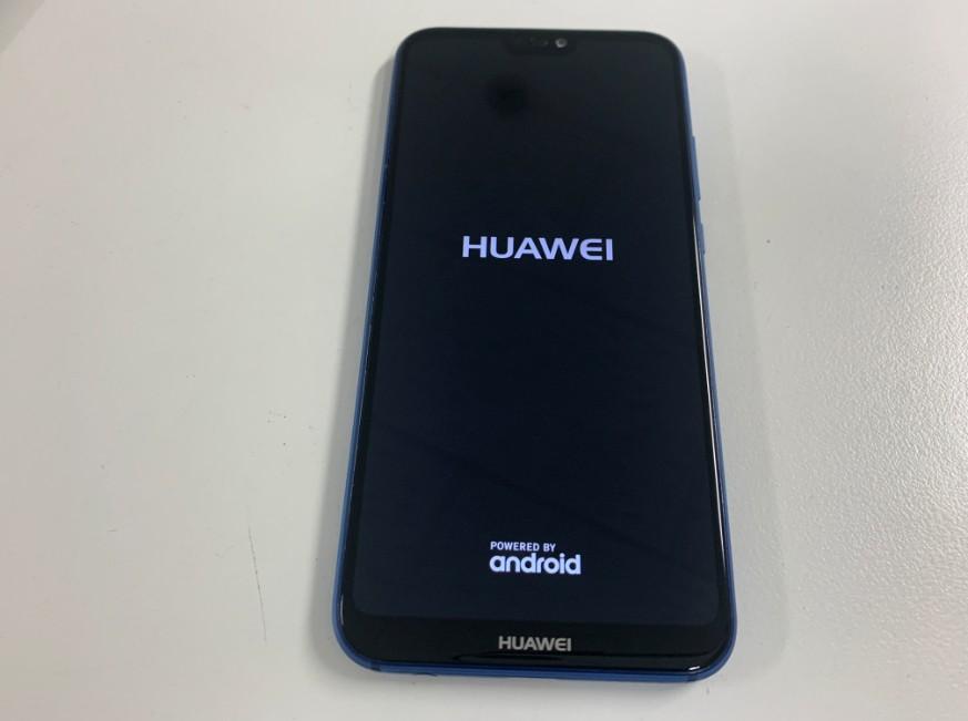 液晶画面交換修理後のHUAWEI P20 Lite