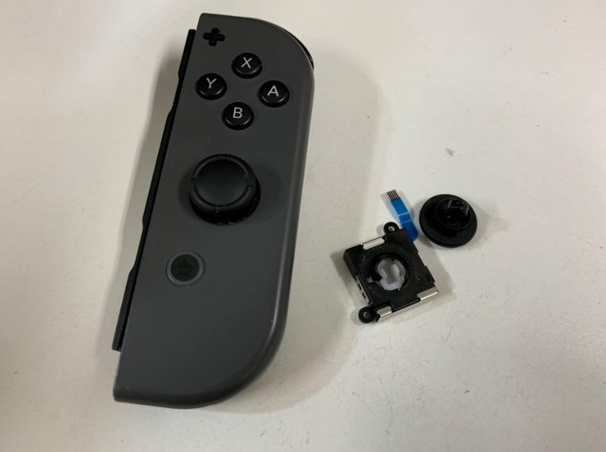 ジョイコンのスティックを交換した後のNintendo Switch