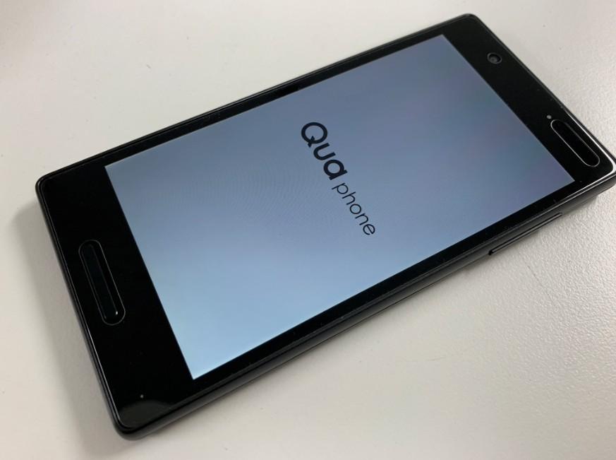 液晶画面交換修理後のQua Phone QX(KYV42)