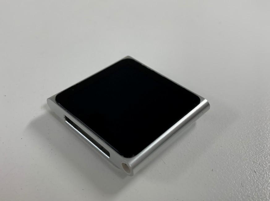液晶画面交換修理後のiPod nano第6世代