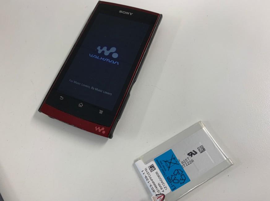 電池パックを新品に交換したNW-Z1050