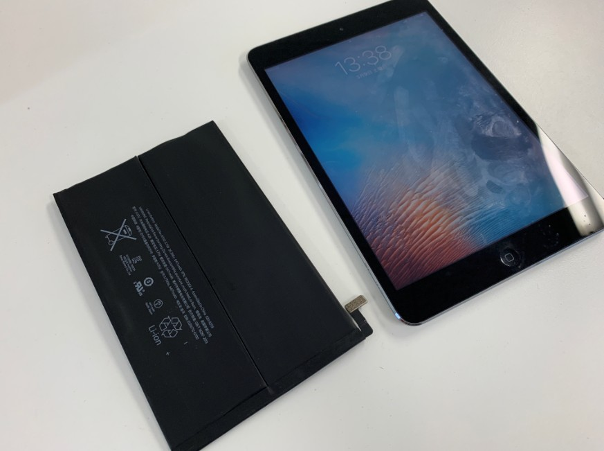 電池パックを新品に交換したiPad mini2