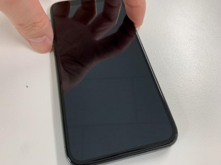 画面に何も表示されないiPhone XS