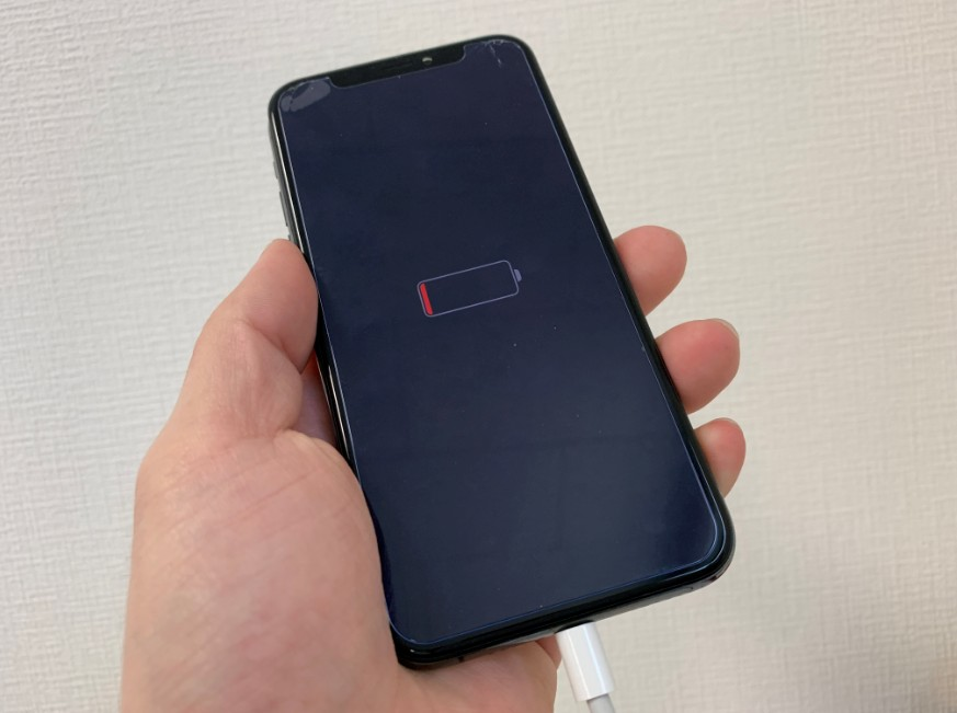 基板洗浄と乾燥で電源が入るようになったiPhone XS