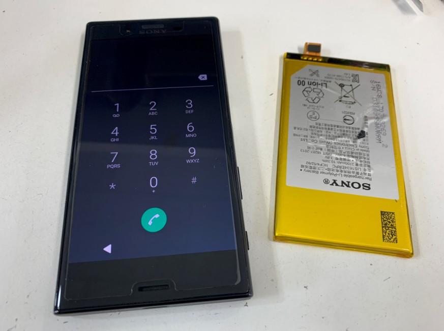 内蔵電池交換修理後のXperia X Compact(SO-03J)