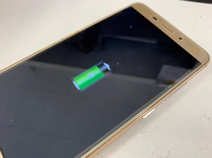 充電口パーツ交換修理後のZenfone3 laser(ZC551KL)