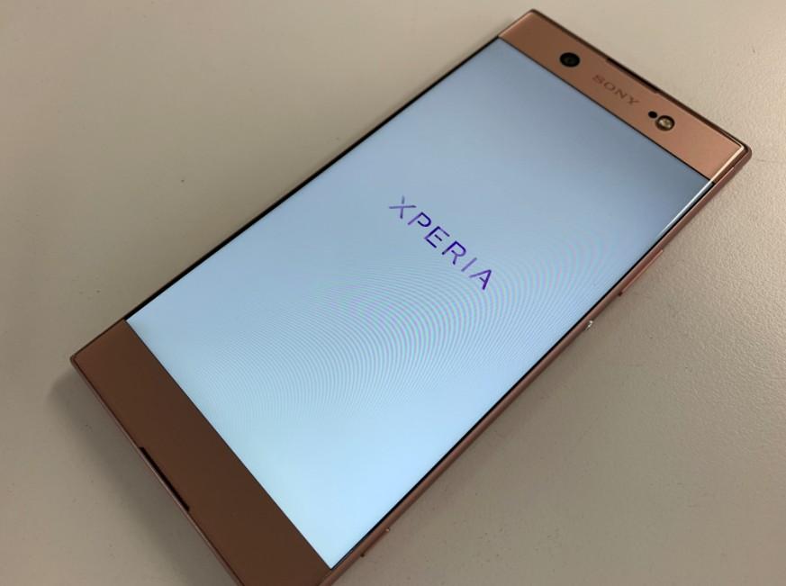液晶画面交換修理で表示されるようになったXperia XA1 Ultra(G3226)