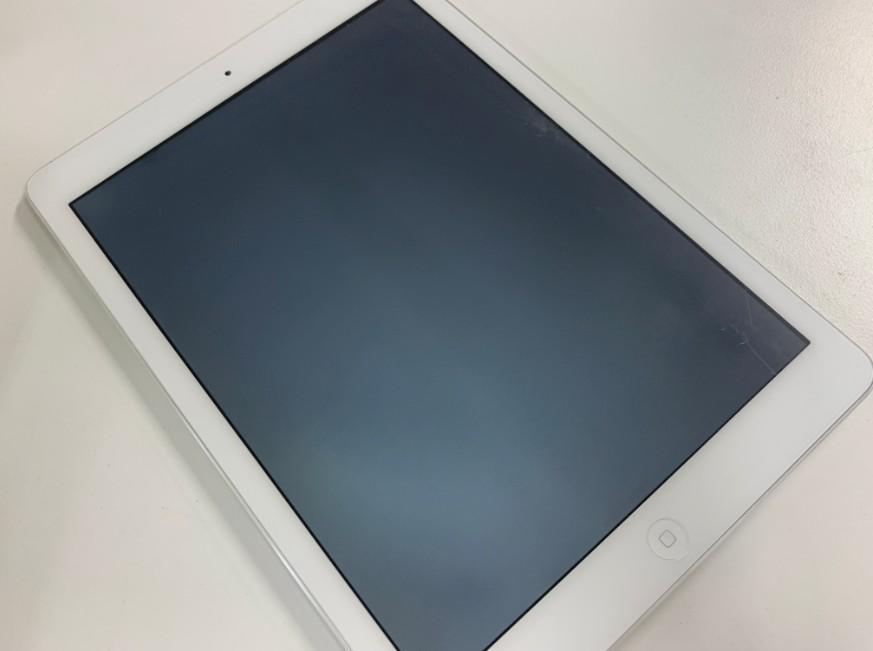 液晶画面が真っ白で何も映らないiPad Air