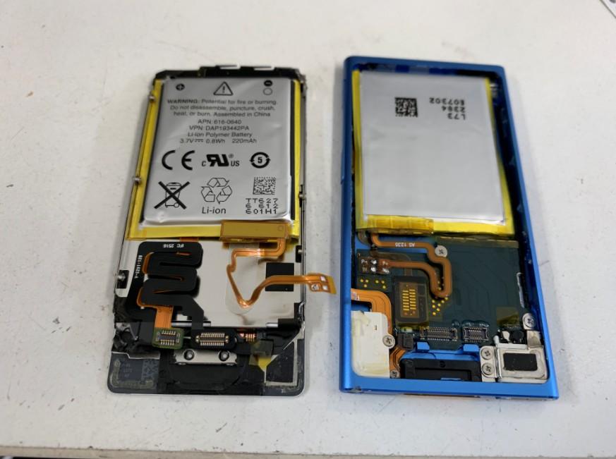 新しいバッテリーをはんだ付けしたiPod nano7