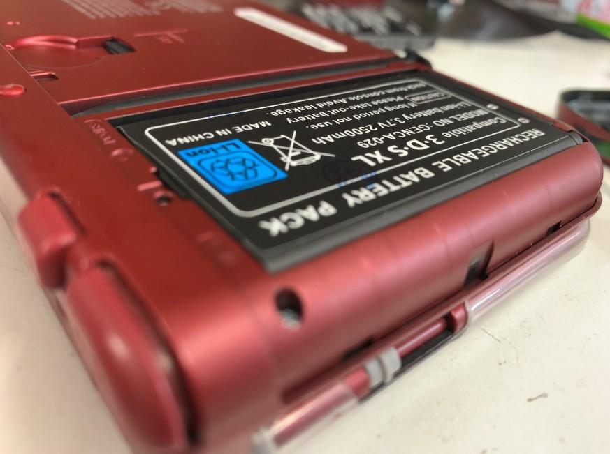 電池パック交換修理後のNintendo New3DSLL