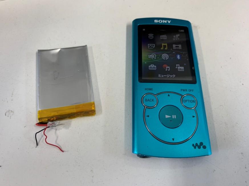 充電池交換修理後の充電持ちが改善したWALKMAN(NW-S765)