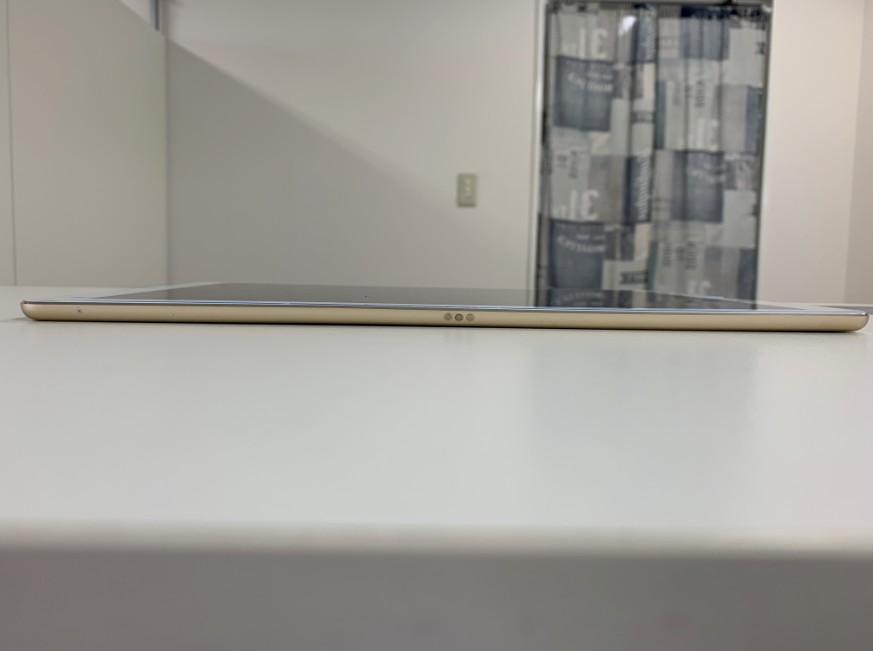 本体フレーム矯正作業完了後のiPad Pro 12.9 第1世代