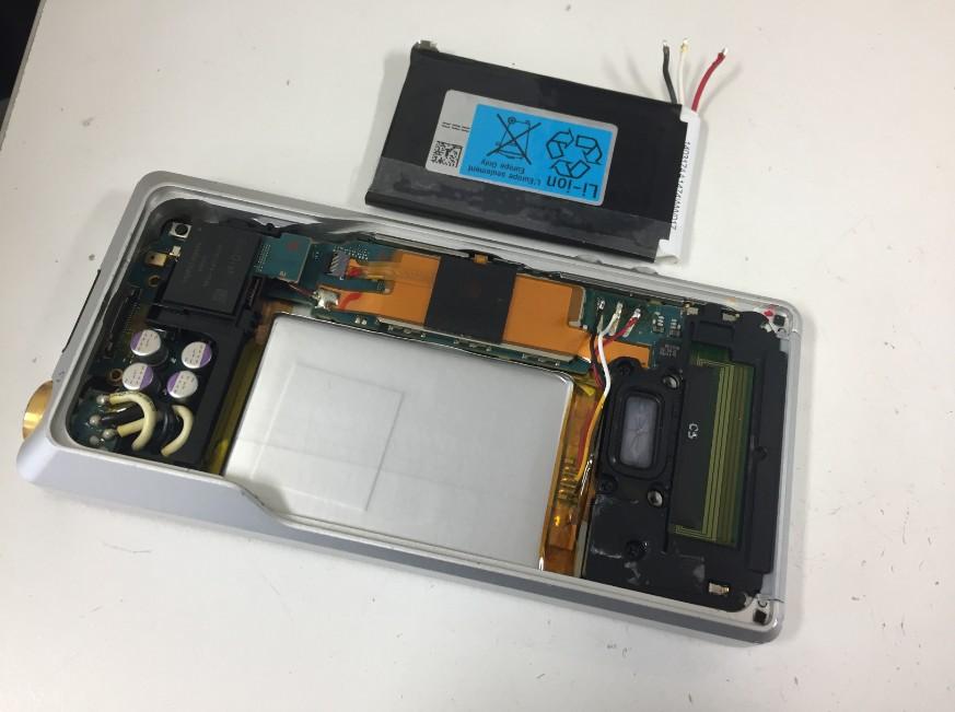 内蔵バッテリー交換したNW-ZX1