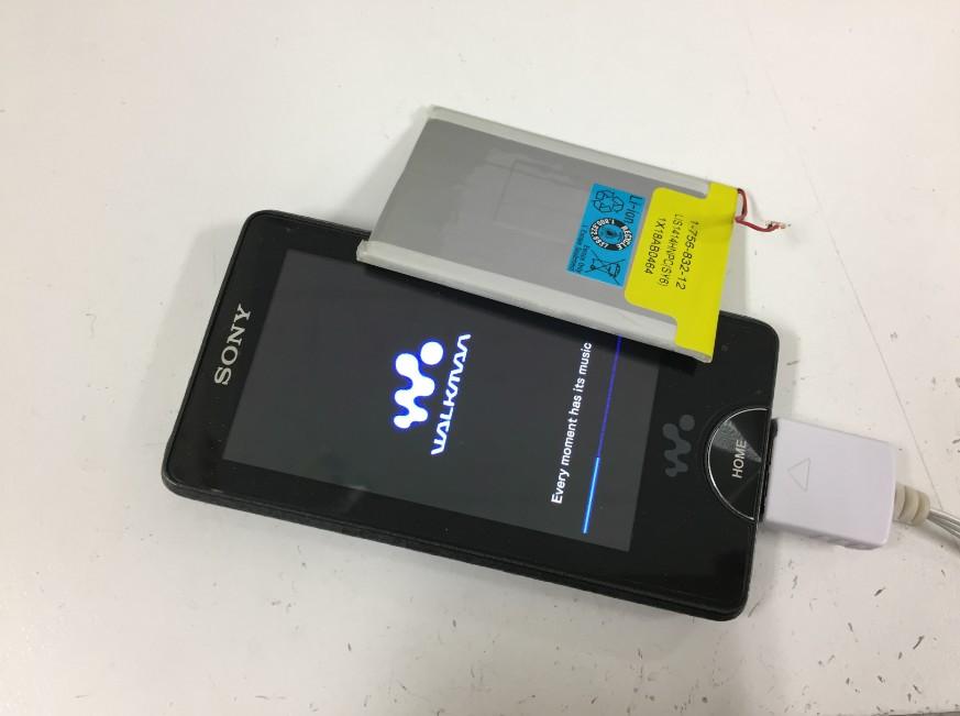 内蔵バッテリーを新品に交換したウォークマン NW-X1060