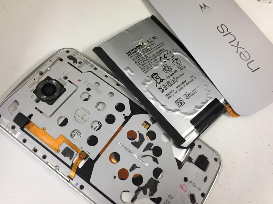 バッテリー交換修理して組み挙げている最中のNexus6