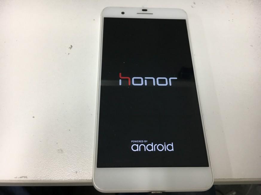 電源が入るようになったhonor6Plus