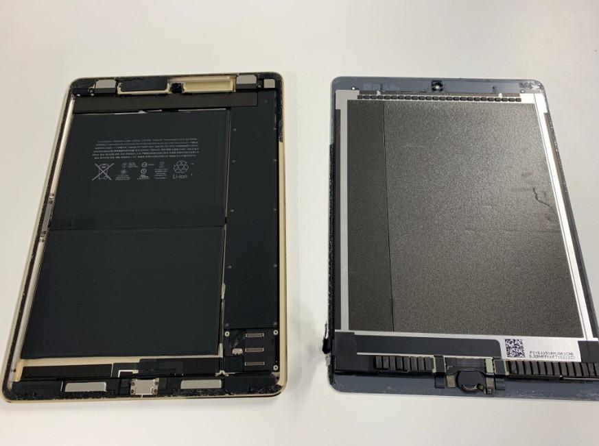 本体から液晶画面を取り出したiPadPro9.7