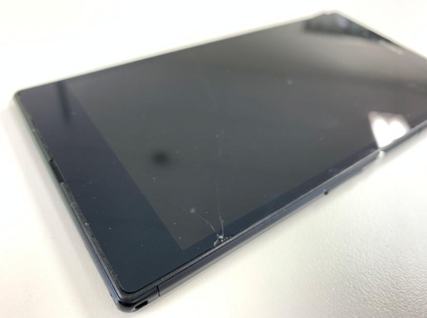 表面ガラスが割れてタッチ操作が出来なくなったXperia Z Ultra