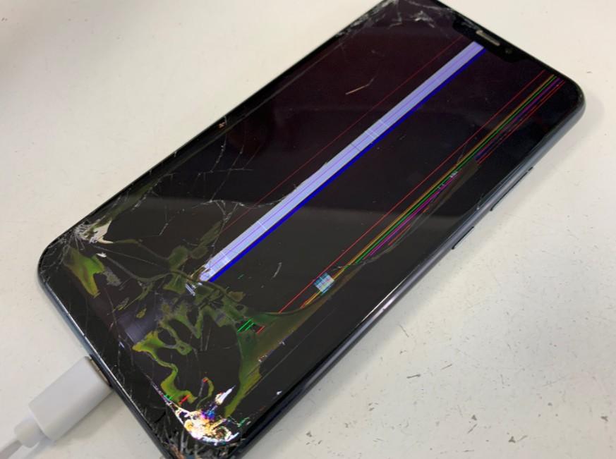 液晶画面が損傷して操作出来ないZenfone5z(ZS620KL)