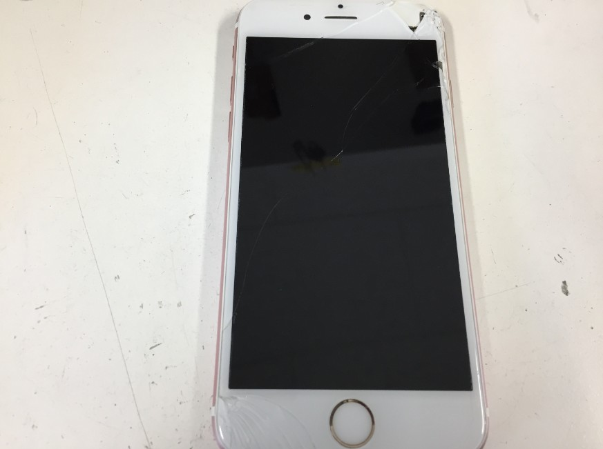 液晶画面に何も映らないiPhone6s
