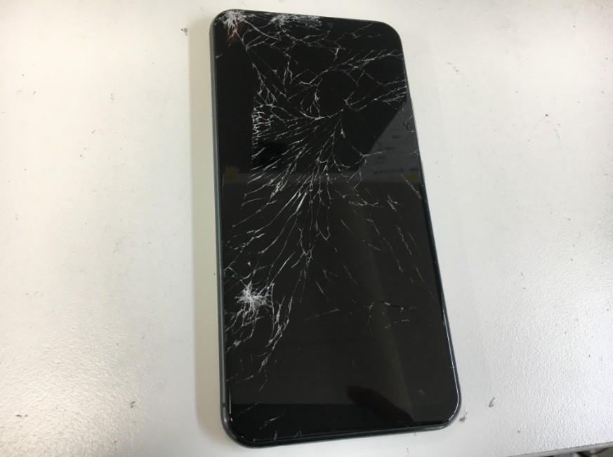 表面ガラスが割れたZenofne5z