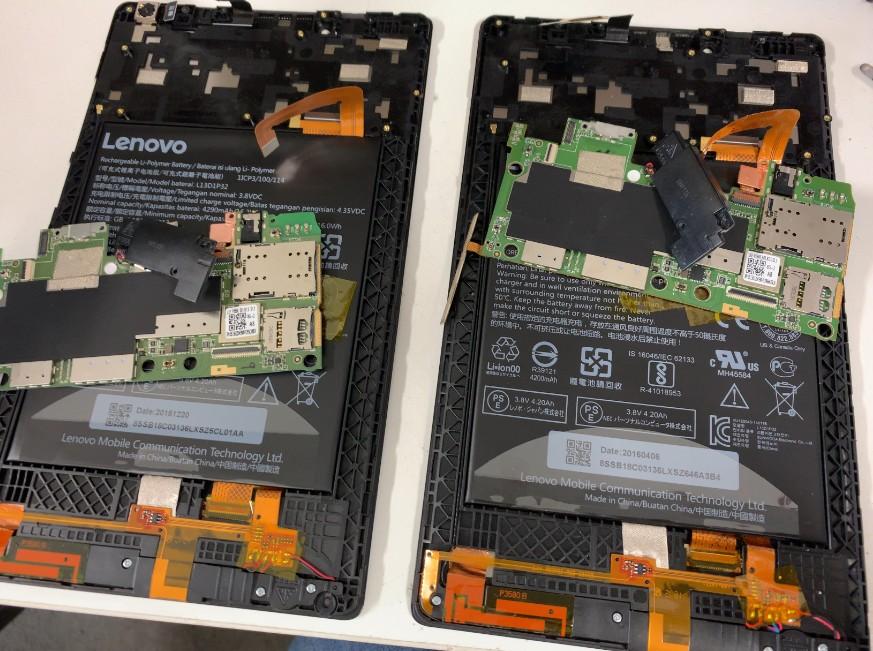それぞれ基板を取り出したLenovoTab2