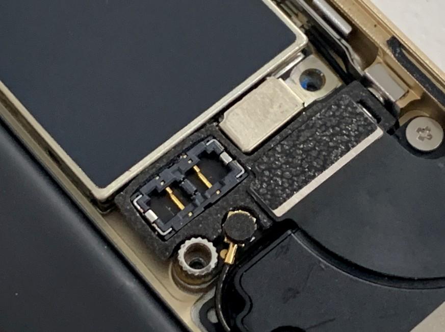 iPhone6sの基板修理途中