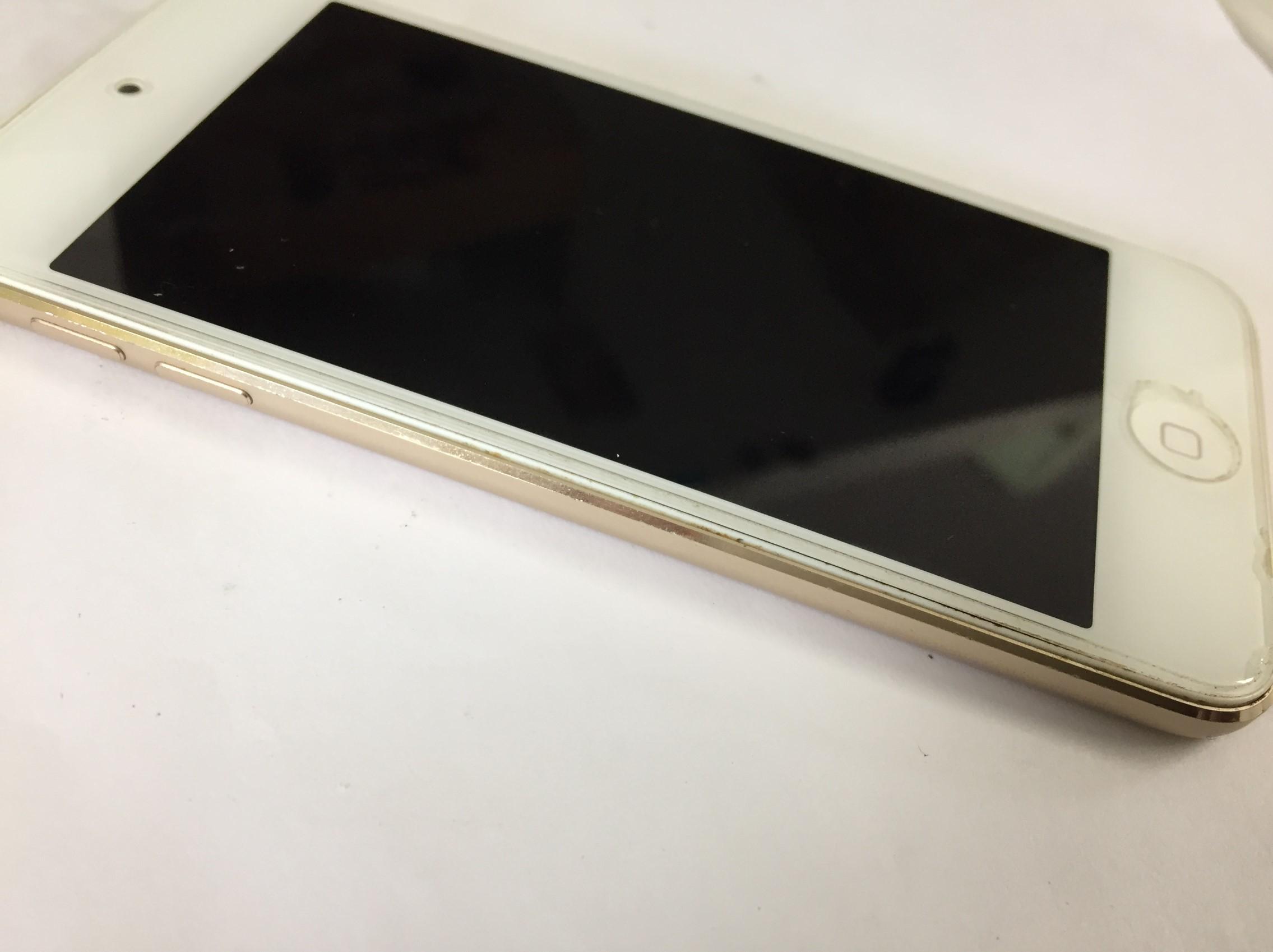 バッテリーが膨張しているiPod Touch 第6世代