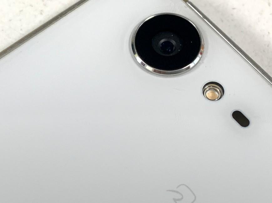 カメラレンズ交換修理後のAQUOS ZETA(SH-04H)