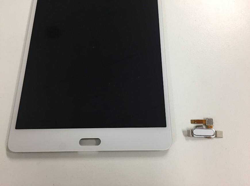 指紋認証ケーブルを外したドコモタブレット(d-01J)