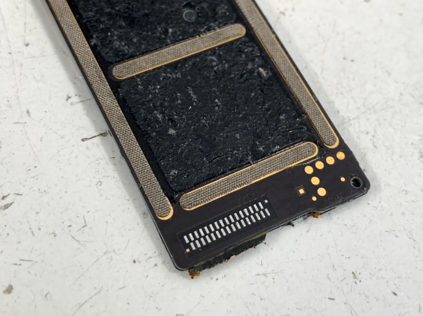 はんだ部分をキレイにクリーニングしたiPad mini5