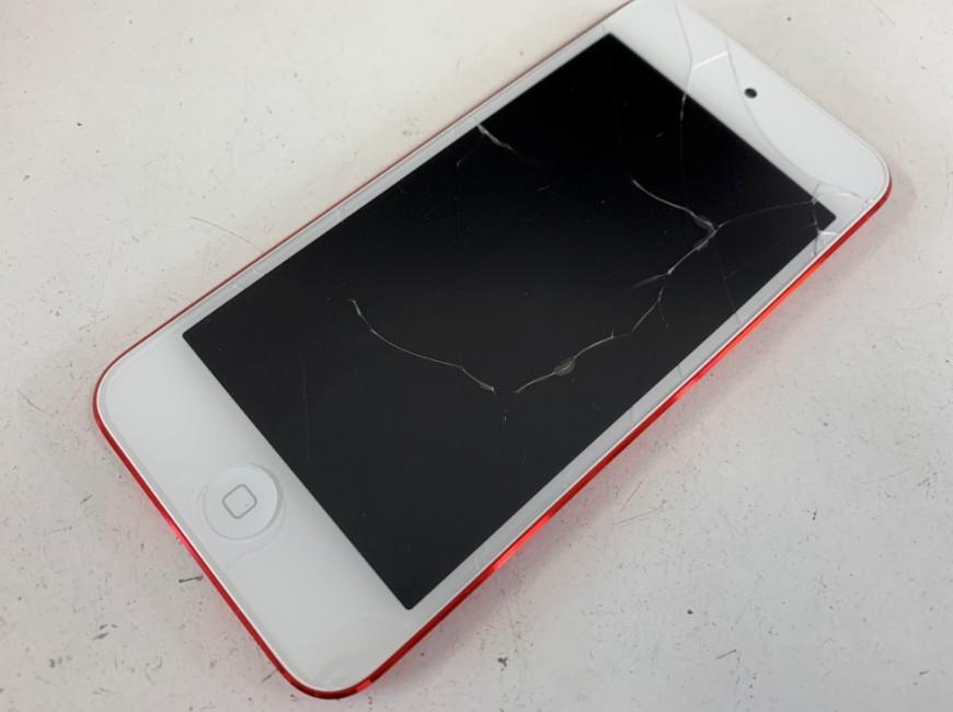 画面が割れたiPod Touch第7世代